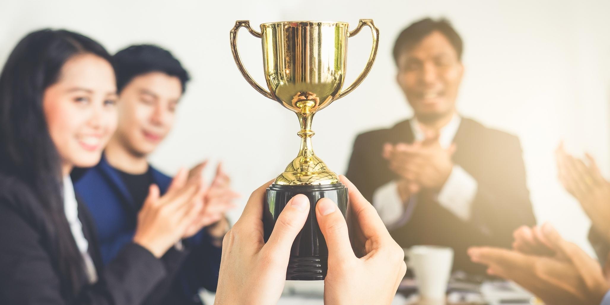 winning the sale with winning marketing strategy